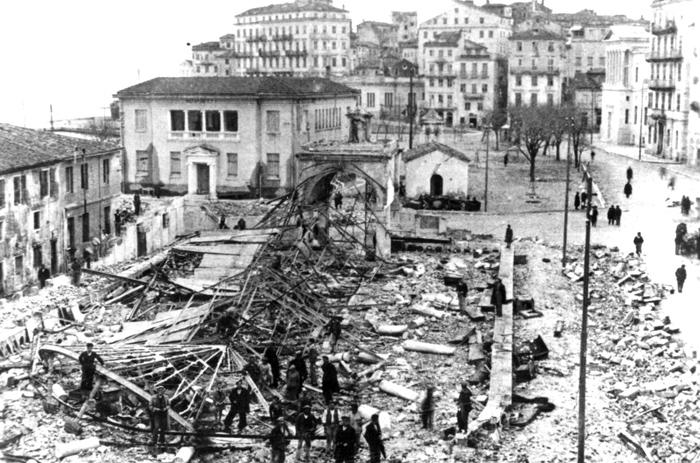 Ξημερώνοντας του Σταυρού στα 1943