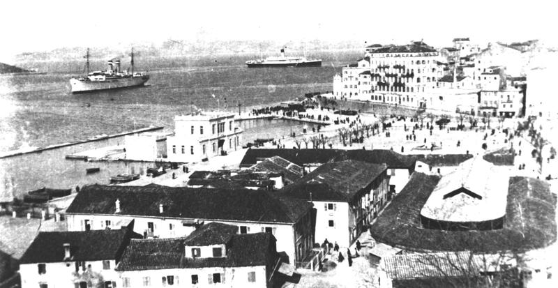 Στο λιμάνι της Κέρκυρας