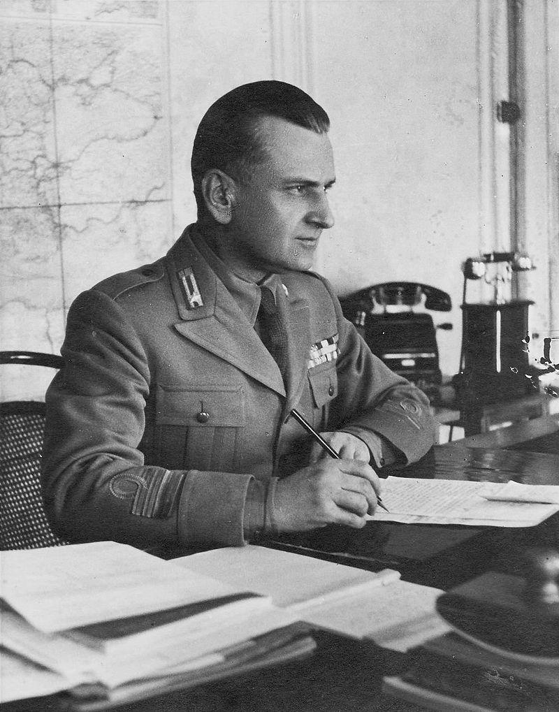 Ο συν/ρχης Lusignani το 1943, στρατιωτικός διοικητής της Κέρκυρας