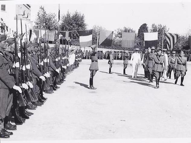Ο De Vecchi το 1939 στην Ρόδο, κατά την ημέρα Εορτής του Πεζικού