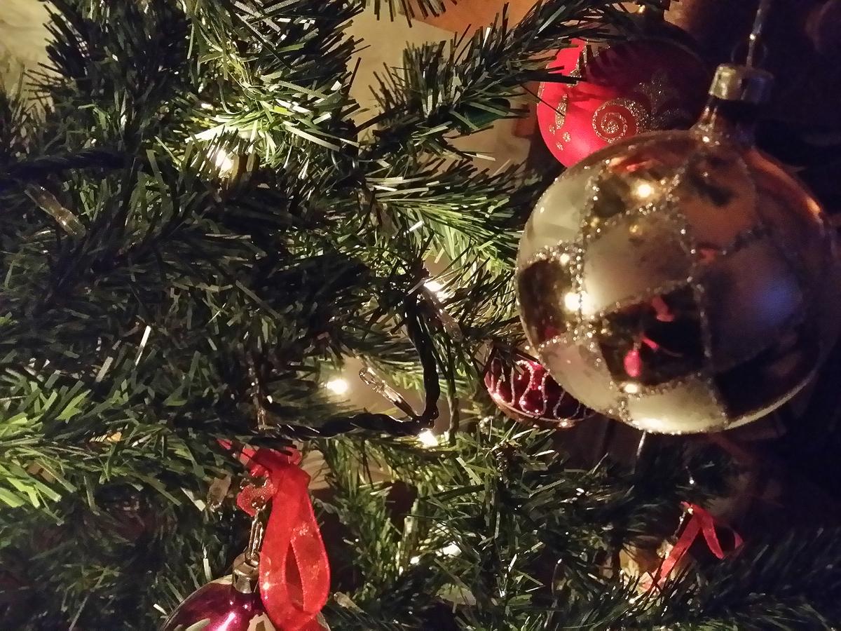 Το Χρσιτουγεννιάτικο δέντρο είναι εισαγόμενο βορειοευρωπαϊκό έθιμο που επικράτησε «κατά κράτος» στη χώρα μας
